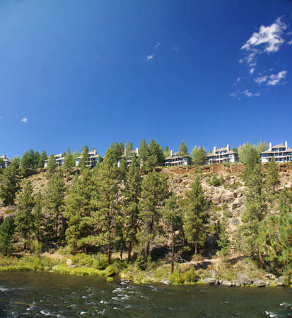 ponderosa: Panorama, modern houses, ponderosa pines and river canyon,  Deschutes River trail, Central Oregon