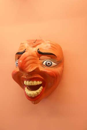 木製カーニバル マスク手彫り、リマ、ペルー、南アメリカ 写真素材