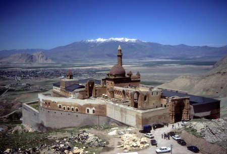 Ishak パシャ宮殿、バック グラウンド、Dogubayezit、トルコでシルクロードのイラン、アララト山の国境に近い 写真素材