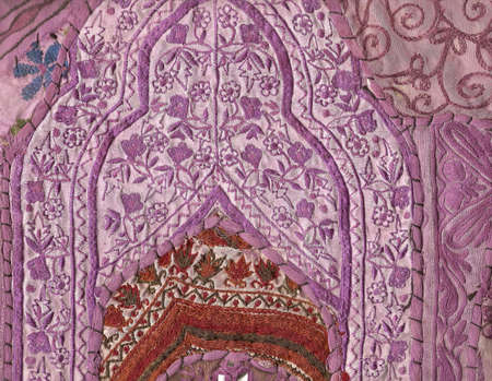 Rajasthani wall hanging made of quilted saris, detail, purple patterns      Stok Fotoğraf