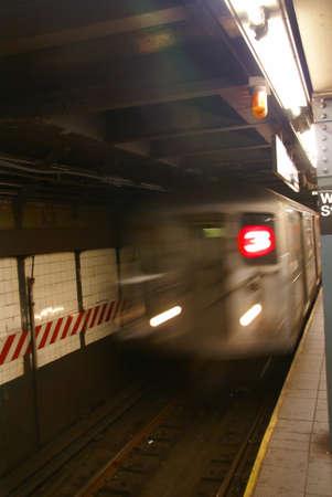 Blur of approaching subway,   New York City   Sajtókép