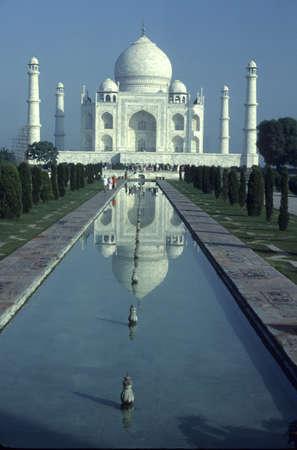 Taj Mahal with reflecting pool,  Agra, India   Фото со стока