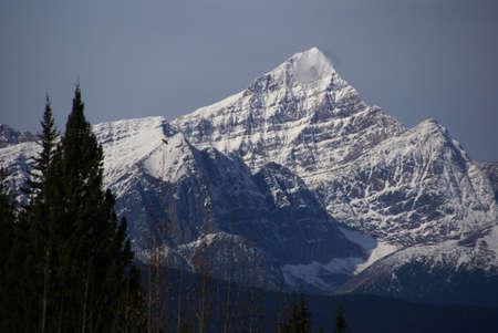 Mt. Edith CavellColumbia Icefield Parkway,Alberta, Canada Stock fotó - 11613926