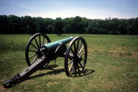 cannon gun: Battery Heights Napoleon, 12 lb cannon, Manassas National Historical Battlefield, [Bull Run battle]Virginia,