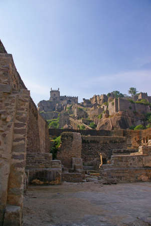 Massive citadel ruins of the  Golconda Fort,  Hyderabad, Andhra Pradesh,  India, Asia Imagens