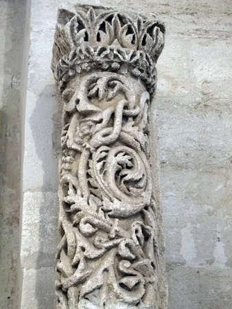 escultura romana: Detalle de la escultura romana y la decoraci�n se encuentra en Avignon, Francia Editorial