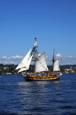 KIRKLAND, WASHINGTON - SEP 1 - The ketch, Hawaiian Chieftain, sails on Lake Washington   as part of Labor Day festivities on Sep 1, 2012 near Kirkland , Washington.   Редакционное