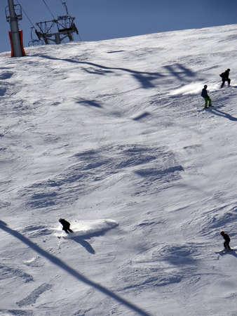 soleil: Skiers on piste in high Alpine ski area, Portes du Soleil, France