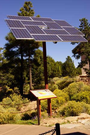Zonnepanelen op het Visitors Center van de South Rim, Grand Canyon National Park, Arizona