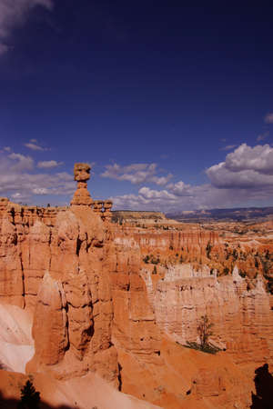 thor's: Thors Hammer, balanced rock hoodoo of eroded sandstone pinnacle,Bryce Canyon National Park, Utah