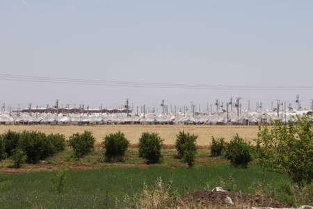 Akcakale Syrische vluchtelingenkamp in de buurt van de Syrische grens, in Zuidoost-Turkije, juni 2014 Redactioneel