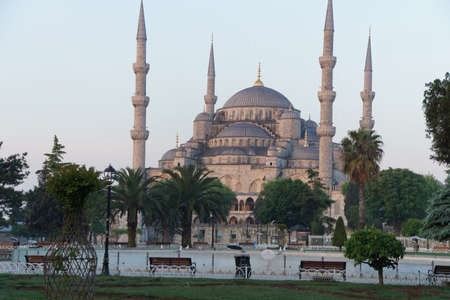 camii: Early morning light on  Sultan Ahmet Camii ( Blue Mosque ) in Istanbul, Turkey