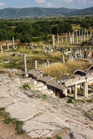 diazoma: Antico teatro greco di Afrodisia, Turchia