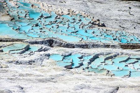 Pamukkale, 터키에서 석회화 터키석 테라스에 칼슘 예금
