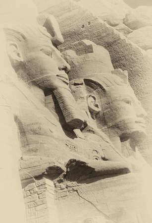 Ramsés II coloso, figuras sentadas, faraón egipcio, Abu Simbel, Egipto Foto de archivo - 30919485