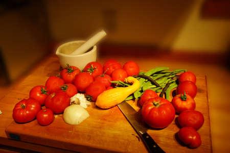 bounty: Generosidad Cosecha - tomates, calabaza y jud�as verdes desde el jard�n de verano de Seattle Foto de archivo