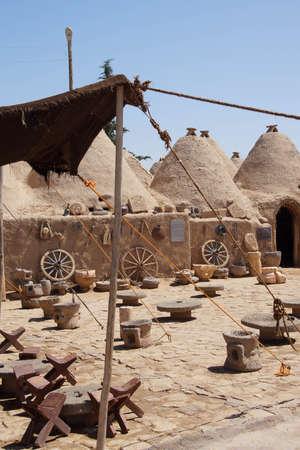 ecological adaptation: Traditional beehive mud brick desert houses, Harran near the Syrian border, Turkey Stock Photo