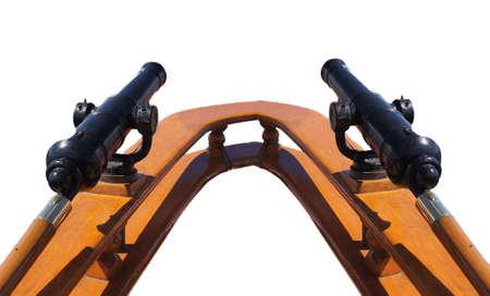 Arma giratoria en la cubierta con vela tallship en fondo cerca de Kirkland, Washington Foto de archivo - 33918721