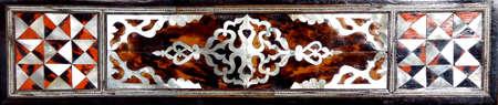 marqueteria: Panel Detalle de la madre de incrustaciones de perlas en el Harem en el palacio de Topkapi, en Estambul, Turquía Editorial