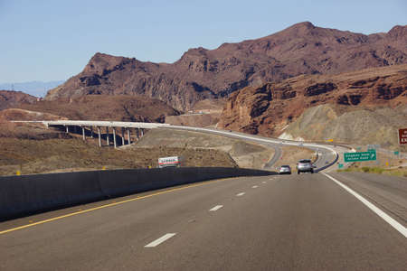 hoover: Deck arch bridge and highway leading to the Hoover Dam on the border of Arizona and Nevada