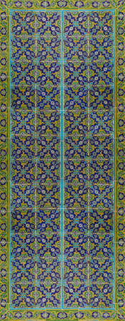 iznik: ISTANBUL, TURKEY  - MAY 18, 2014 - Iznik mosaic tiles in the harem  in Topkapi Palace,  in Istanbul, Turkey