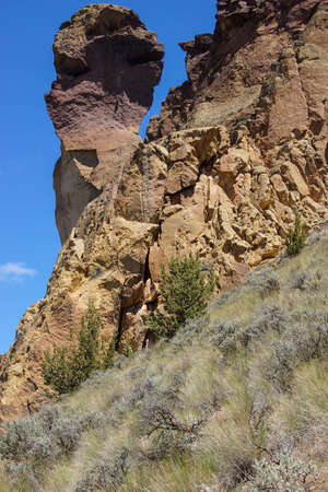smith rock: Monkey Face and the Smith Rock formation,  along the Crooked River at Smith Rock State Park, Central Oregon