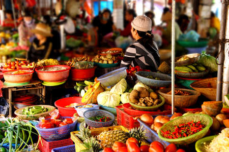 Colorful vegetables for sale  at the Central Market of  Hoi An, Vietnam 스톡 콘텐츠