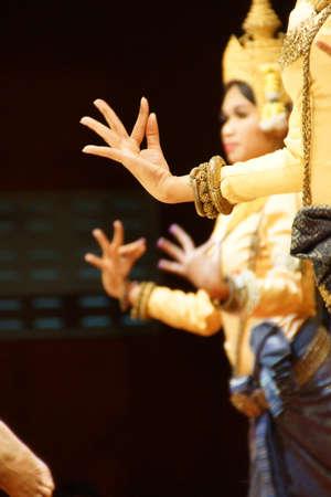 Detail, rituele handposities van Apsara dansers, Siem Reap, Cambodja