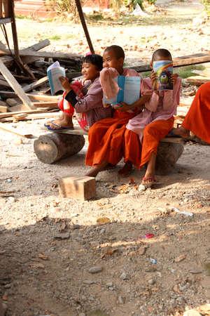 dhamma: HSIPAW, MYANMAR - FEB 19, 2015 - Young girl students at a Buddhist school, Dhamma Thu Kha Nunnery School, Hsipaw,  Myanmar (Burma) Editorial