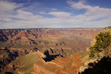 ble: Blue sky and colorful canyon along the Rim Trail near Hopi Point, at the Grand Canyon National Park, Arizona