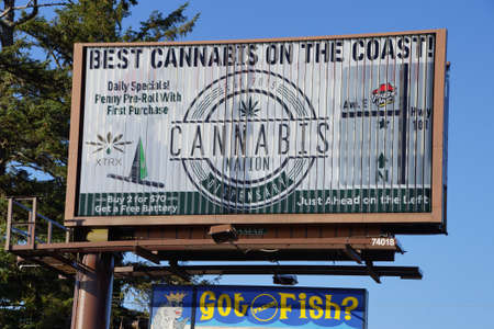 commercial law: SEASIDE, OREGON - SEP 28, 2015 - Legal marijuana, Billboard for Best Cannabis on the Coast Seaside,  Oregon Coast
