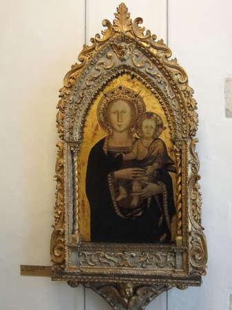 アヴィニョン, フランス - 2011 年 10 月 1 日 - マドンナと子、ルネサンスの絵画、プチ宮殿、アヴィニョン、フランス