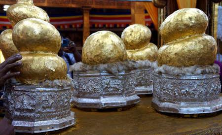daw: INLE LAKE, MYANMAR - MAR 1, 2015 - Buddha statues hidden under thick layers of gold leaf,  Hpaung Daw U Pagoda, Inle Lake,  Myanmar (Burma)