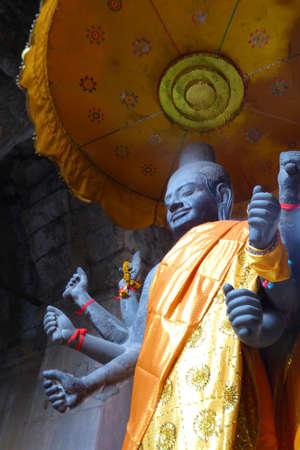 Multi-armed Vishnu in Gateway chamber of  Angkor Wat,  Cambodia Stock fotó