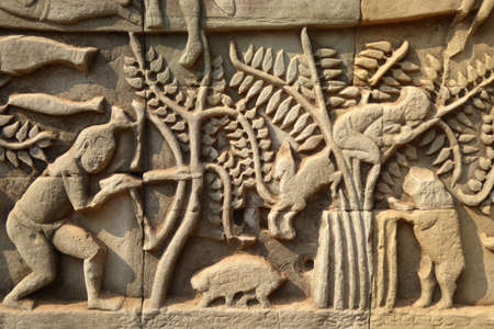 bas: Scenes from daily life,  bas relief sculpture in Bayon, Angkor Thom,  Cambodia