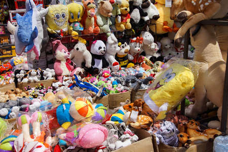 grand kid: ISTANBUL - May 14, 2014 - Stuffed animals and other childrens toys in the Grand Bazaar (Kapali carsi ) in Istanbul, Turkey