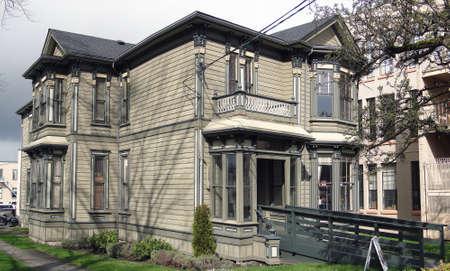 columbia: Old house in Victoria, British Columbia, Canada