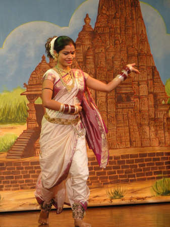 khajuraho: KHAJURAHO, INDIA - NOV 4, 2009 - Indian dancer performs classical dance in Khajuraho, India. Editorial