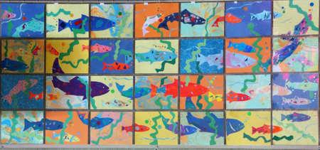 fischerei: SEATTLE - 24. Juli 2016 - Stilisierte Bilder von Lachs Schwimmen flu�aufw�rts bei US Fischerei Fischtreppe an den Hiram Chittenden Locks in Seattle