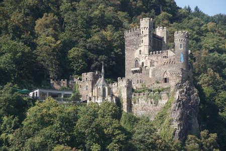 Rheinstein castle on the  Rhine River, Germany 版權商用圖片 - 63345566