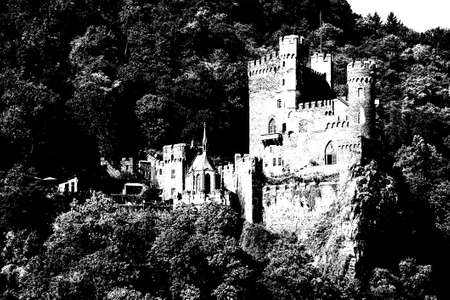 Rheinstein castle on the  Rhine River, Germany 版權商用圖片 - 63762026