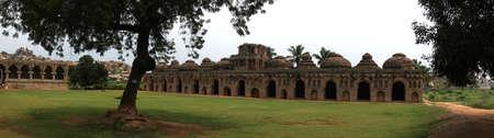 Olifantenstallen in Vijayanagar, Karnataka, India