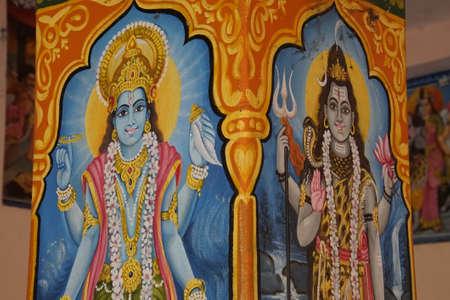 JAIPUR, INDIA - OCT 9, 2017 - Schilderijen van de avatar van Vishnu als Krishna en Ram, Khole Ke Hanuman Ji-tempel, Jaipur, Rajasthan, India