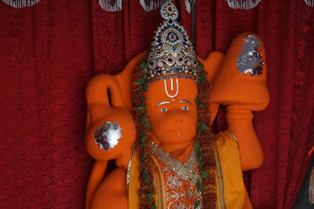 Jaipur, India - 12 oktober 2017 - Hanuman aap god standbeeld in de Govind tempel, Jaipur, Rajasthan, India Redactioneel