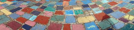 Multi-gekleurde bestrating in de gemeenschap van de kunstenaar van Balboa Park, San Diego, Californië Stockfoto