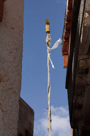 Prayer flag pole in Liker Monastery, Ladakh, India 스톡 콘텐츠