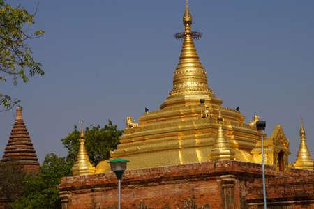 Gold pagoda of Gubyauk nge  Bagan Myanmar (Burma) Reklamní fotografie