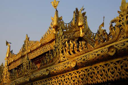 Golden stupa of the Botataung Pagoda , Yangon, Myanmar (Burma) 스톡 콘텐츠