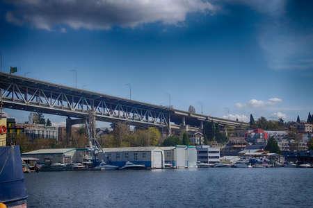 Interstate I5 freeway bridge from industrial marina on Lake Union in Seattle, Washington Banco de Imagens