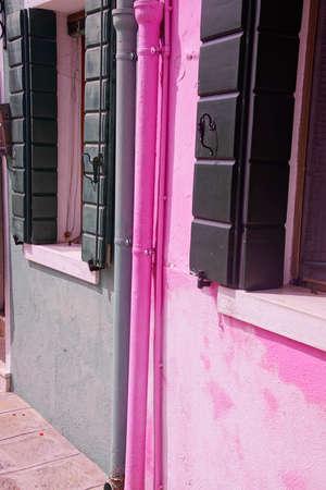Brightly colored houses of Burano Venice, Italy Archivio Fotografico - 102942715